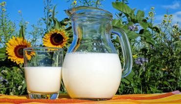Tamberos que entregan producción láctea a Tremblay - Línea de préstamos especiales - Mutual del Club Atlético Pilar